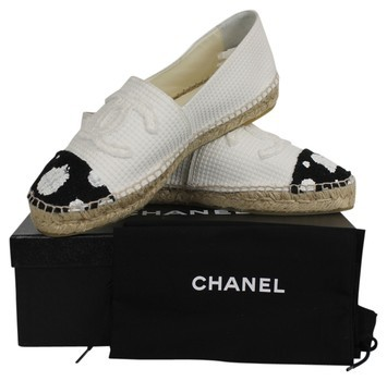Chanel | Chanel Black And White Polka Dot Cap Toe Cc Logo Tweed Espadrilles Flats