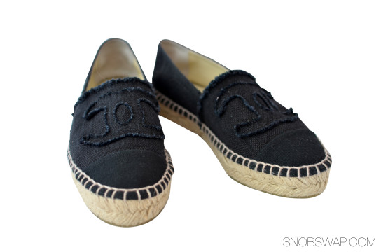 Chanel | New Chanel Navy Canvas Espadrille Flats